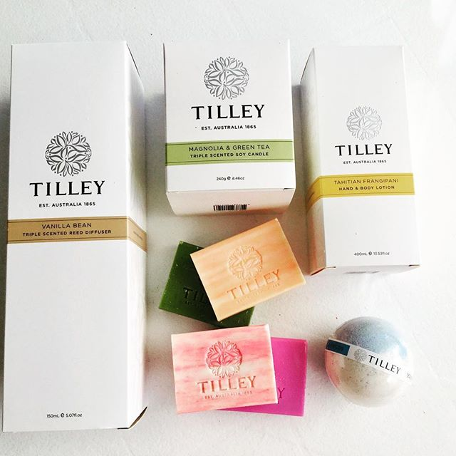 one lucky subscriber will win this awesome gift pack from @tilleyaustralia - subscribe to our weekly eblast to be in the running - link in bio!! #townsville  #townsvillelocal  #northqueensland #lifestyle #townsvillelife