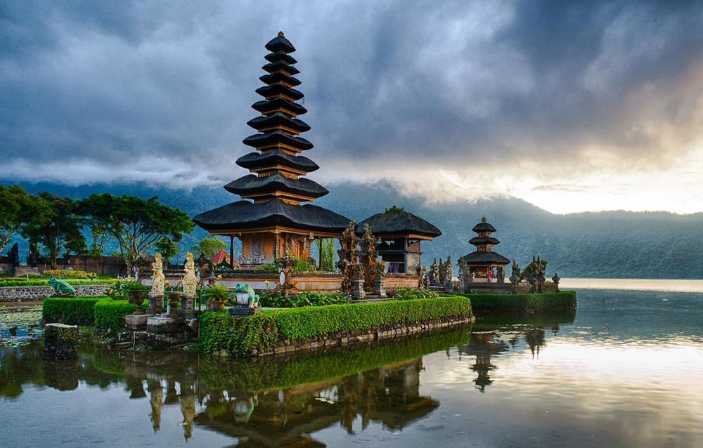 Lake Temple - Pura Ulung