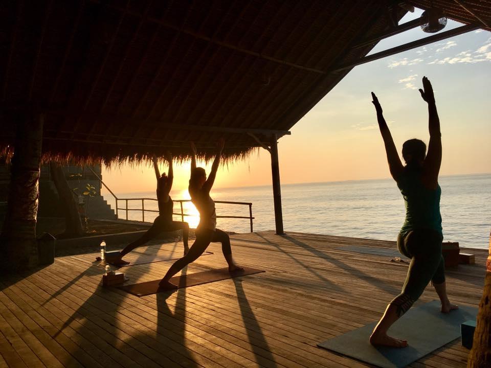 Yoga con vista al mar - Todos los días tendremos sesiones de yoga, pranayam y meditacón con vista al mar directo desde nuestra casa.