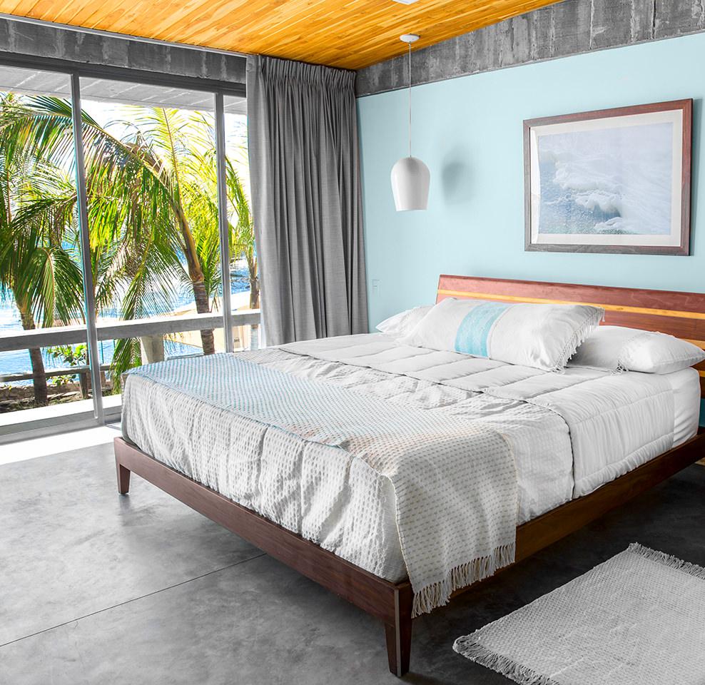 Puro_Surf_Hotel_Room_Detail_King_Luxury.jpg