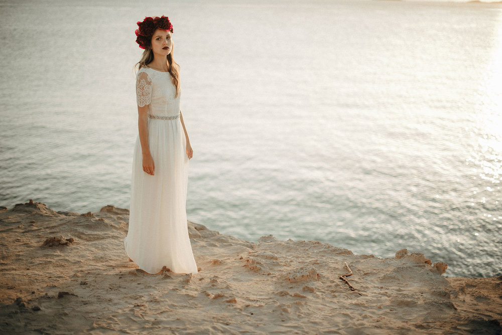 Luna Bride. Wedding dress. Beach wedding. Boho bride. The Galaxys edge photography.