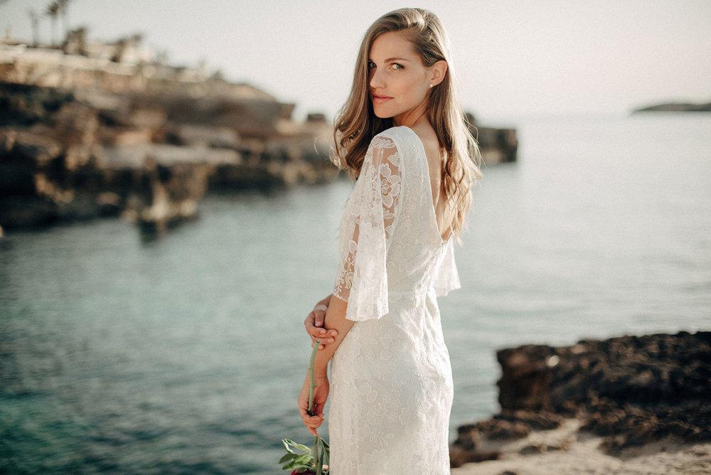 Luna Bride. Beach Wedding dress.jpg