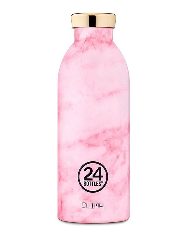 Reduce your carbon footprint by investing in a water bottle from #24bottles. All now in-store.  ##kleinandwallace #aw2018 #autumnessentials #40plusnotgivingupyet #ontrend #womenswear #independentboutique #northfields #w13 #klein&Wallace #womenwithstyle #0carbonfootprint #waterbottle