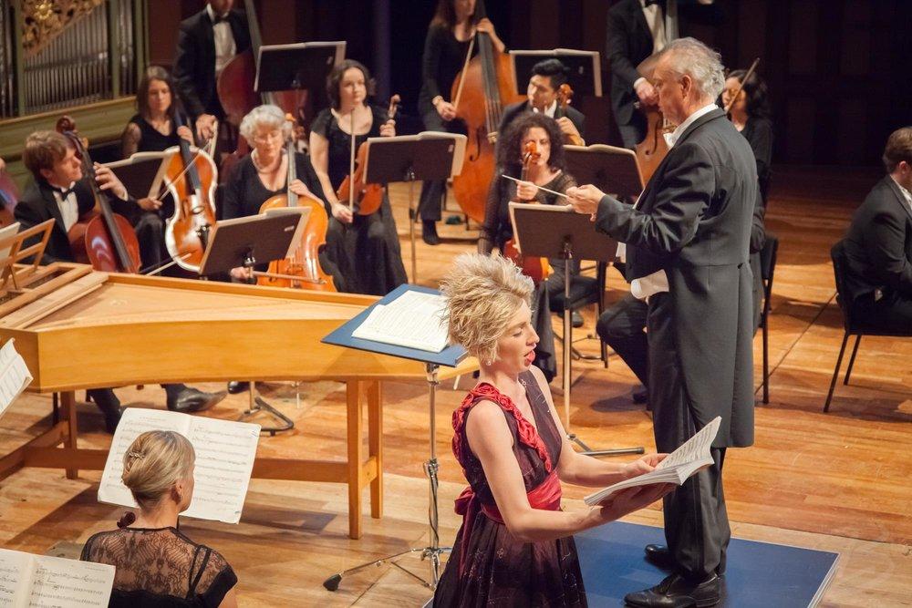 Alto soloist: Handel's Messiah