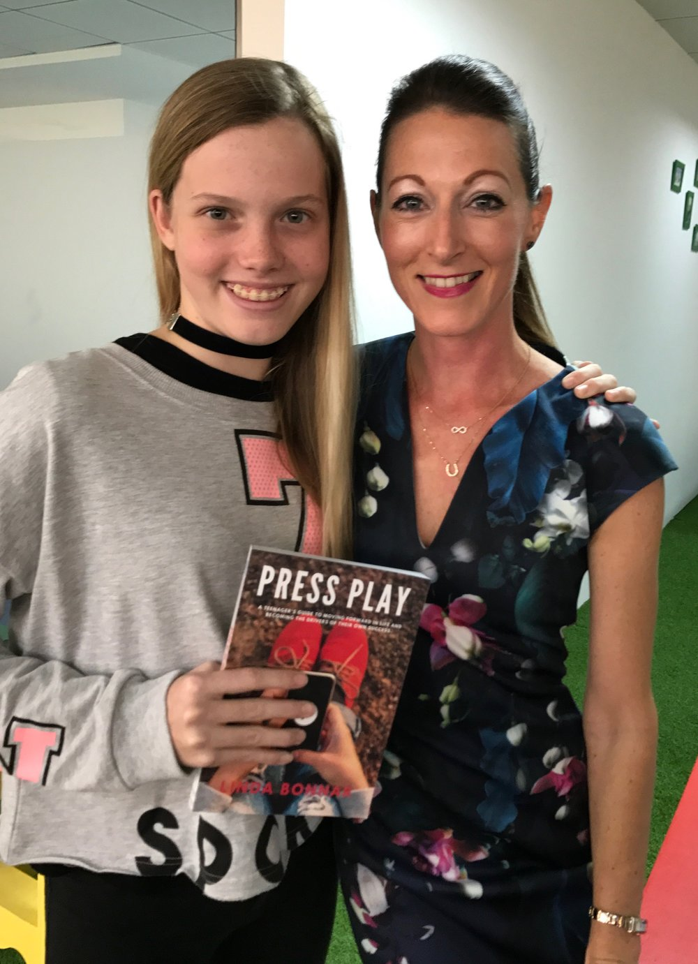 Linda Bonnar - Linda is a school teacher and life-coach who really cares about children. Linda has recently launched a coaching book for teenagers along with a 30-day journal.More about Linda HERE