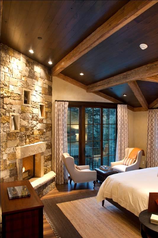 405 master bedroom.jpg