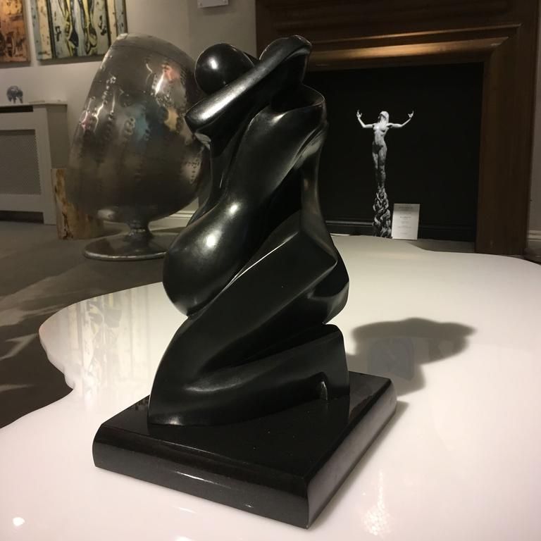 Soulmates Sculpture - Shray