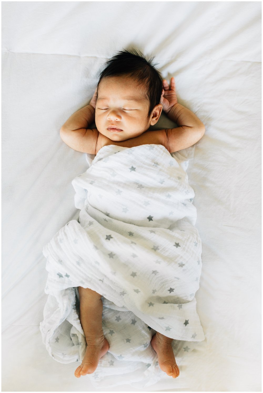 raleigh-home-newborn-photographer-7.jpg