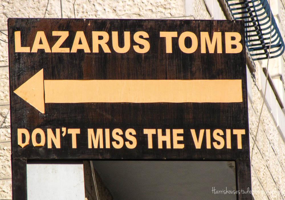 Tomb,L.jpg