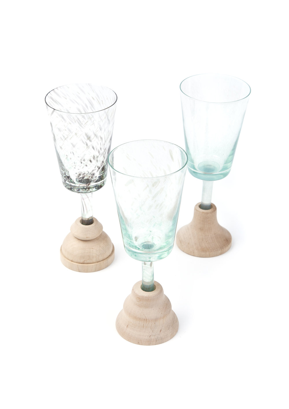 GlAsS - Handmade small glasses inspired by old methods of fixing >>>