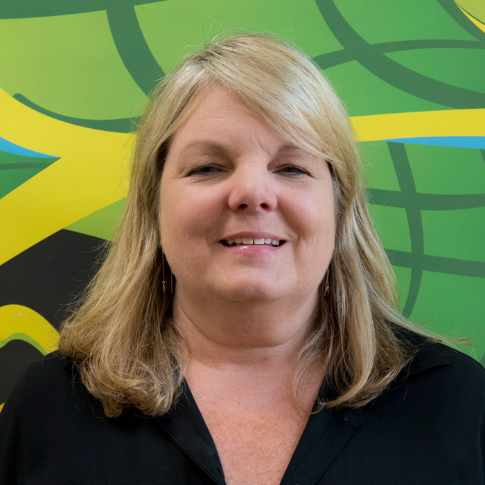 <p><strong>Lisa Carson</strong>Accounting