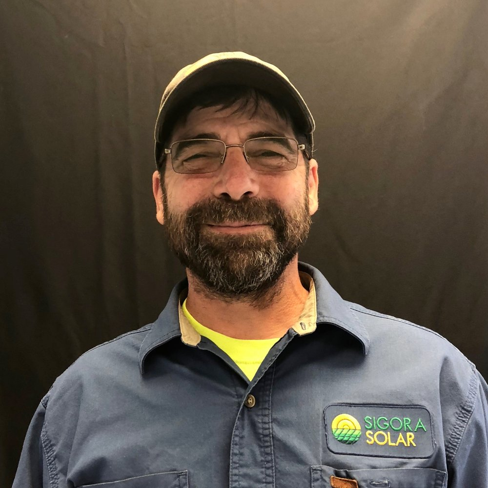 <p><strong>Michael Lunos</strong>Field Service Manager
