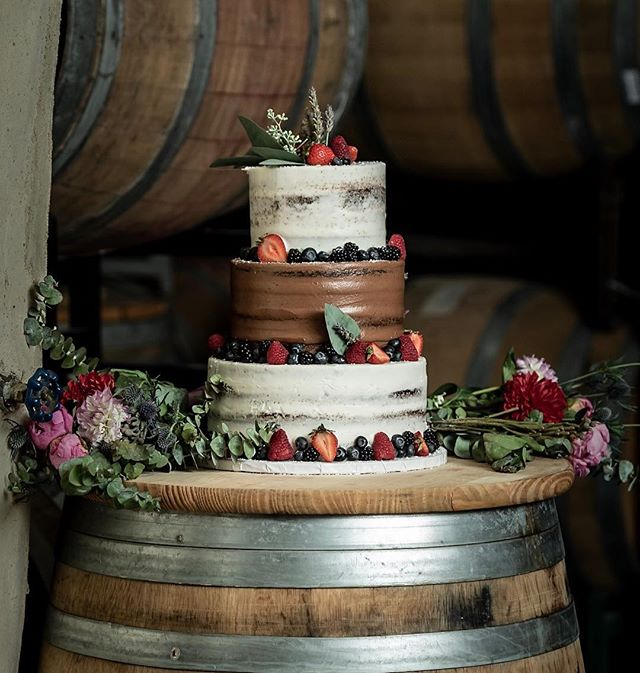 Who likes cake and wine? . . . . . . #weddingphotography #weddingphotographer  #weddinginspiration #weddingseason #weddingphotos #bride  #realwedding #weddingideas #weddingfashion #modernwedding #weddingpictures #weddingflowerinspiration #weddinginviteinspiration #destinationweddings #happilyeverafter #weddingdress #chicwedding #herecomesthebride #bridalparty  #nikon #bridalphotos #theknot #weddingchics #weddingwire @galyatapolsky
