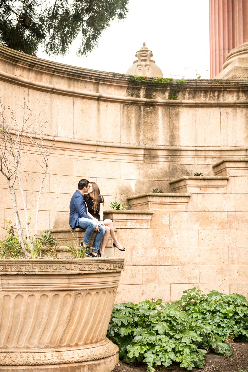 Palace-of-Fine-Arts-Engagement-Photography-4.jpg