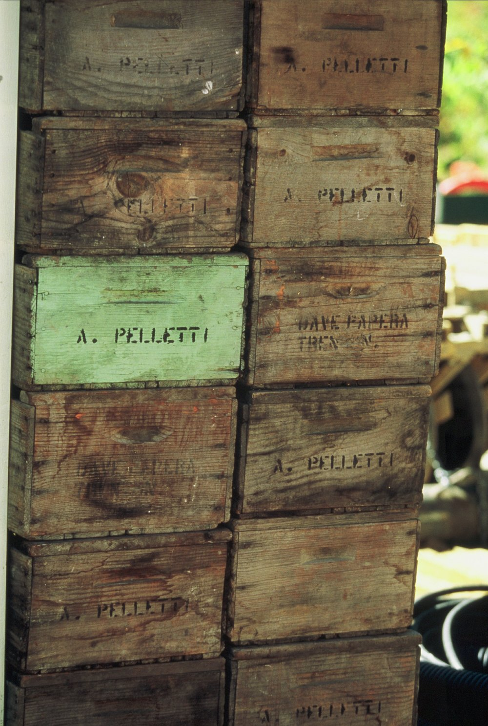 Before half-ton Macro bins, there were 50 lb picking boxes