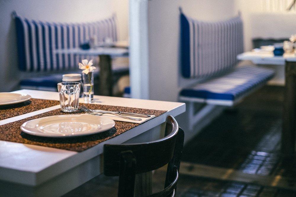 """O restaurante abriu a 15 de junho e a ideia dos responsáveis é que se mantenha aberto até 17 de setembro. Mas há uma hipótese de continuar a existir para além do verão. """"Temos de ver como e em que condições"""", explica Bruno Caseiro. (foto: © Tiago Pais / Observador)"""