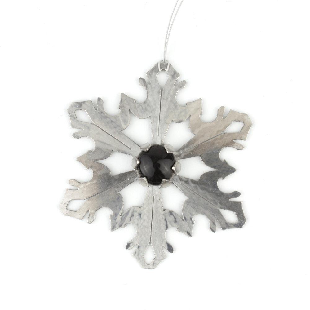 Snowflake-Onyx_white_2000.jpg