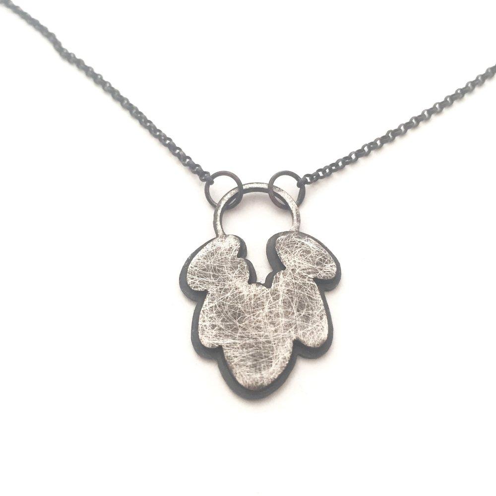 krees_necklace1.jpg