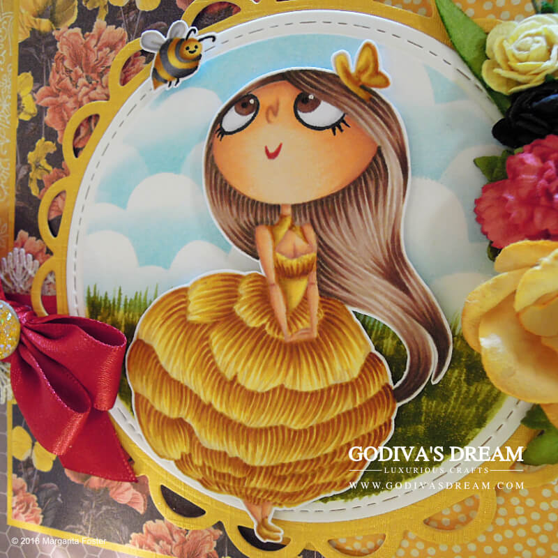 "Summer Birthday Card ""Sunny Honey"" by Godiva's Dream. Beautiful flowers, honey, bee, vibrant colours colours - everything you would expect from a card with a summer vibe! #cardmaking #papercrafting #handmadecard #birthdaycard #stamping"