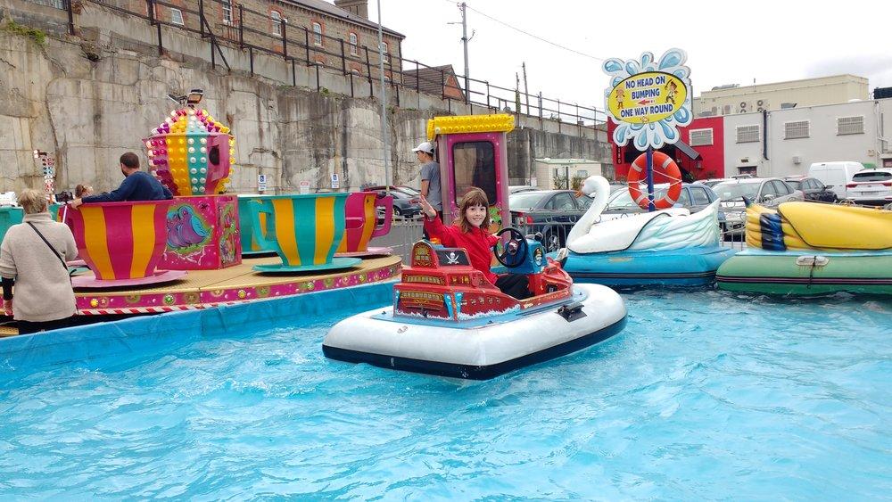 Amiele - Bray carnival boats.jpg