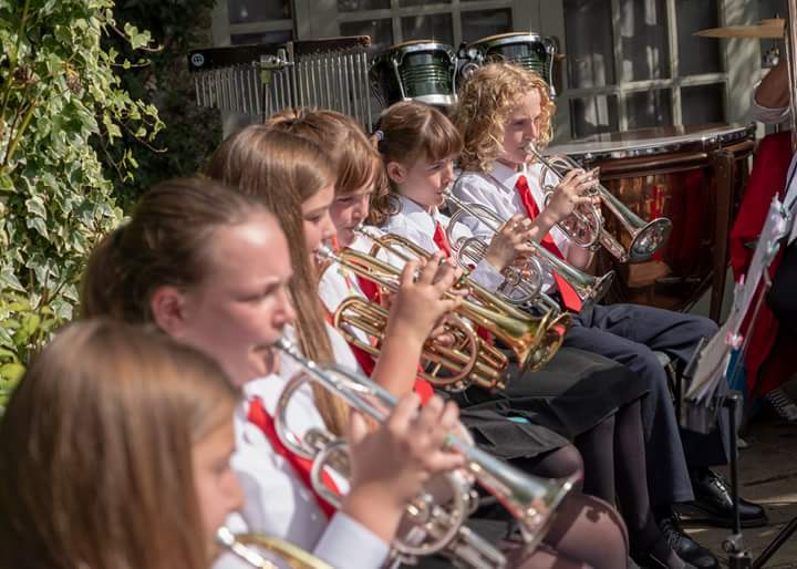 LYB - Back cornets - Collon 2018.jpg