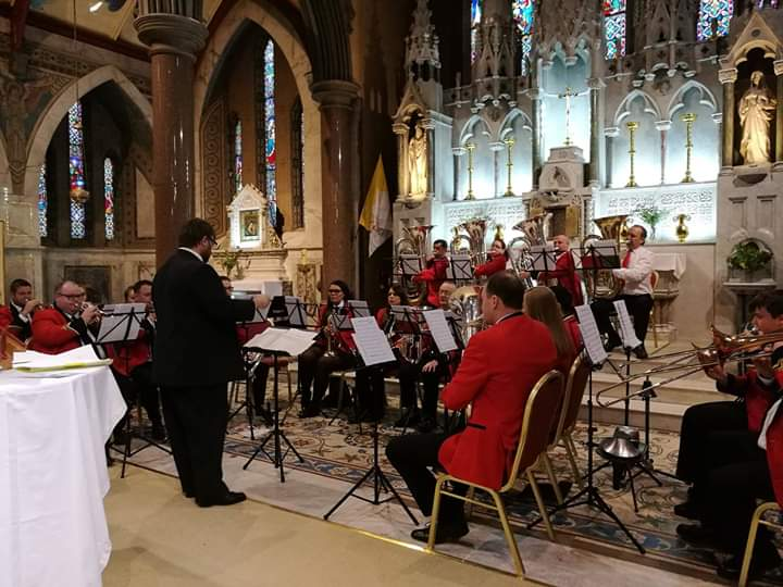 Senior Band on Altar.jpg