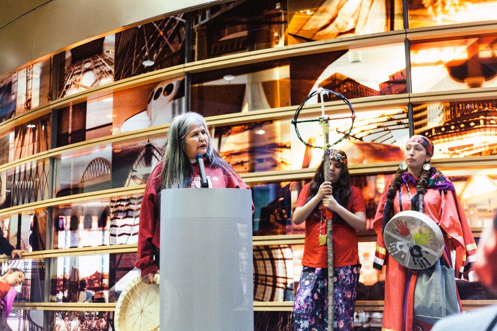 Indigenouswomxnsmarch127.jpg