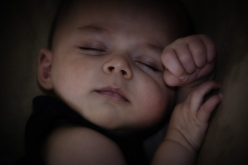 sleepingbaby pixababy yc0407206360.jpg