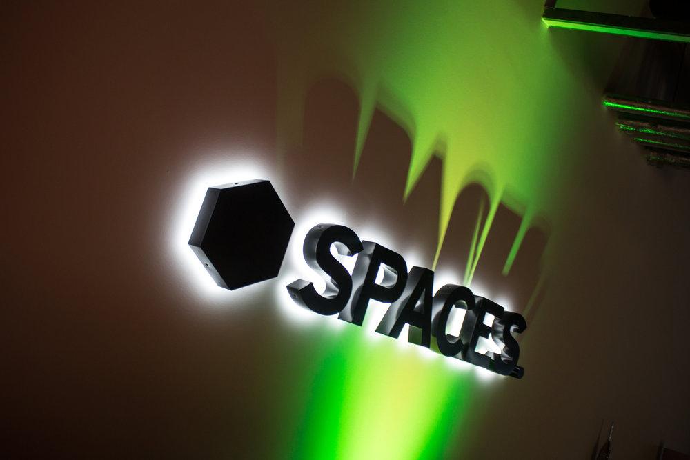 Spaces Xmas Party 2017-7713.jpg