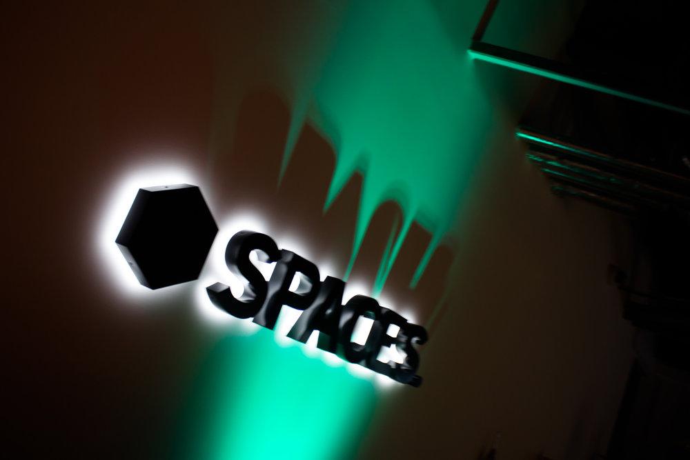Spaces Xmas Party 2017-7715.jpg