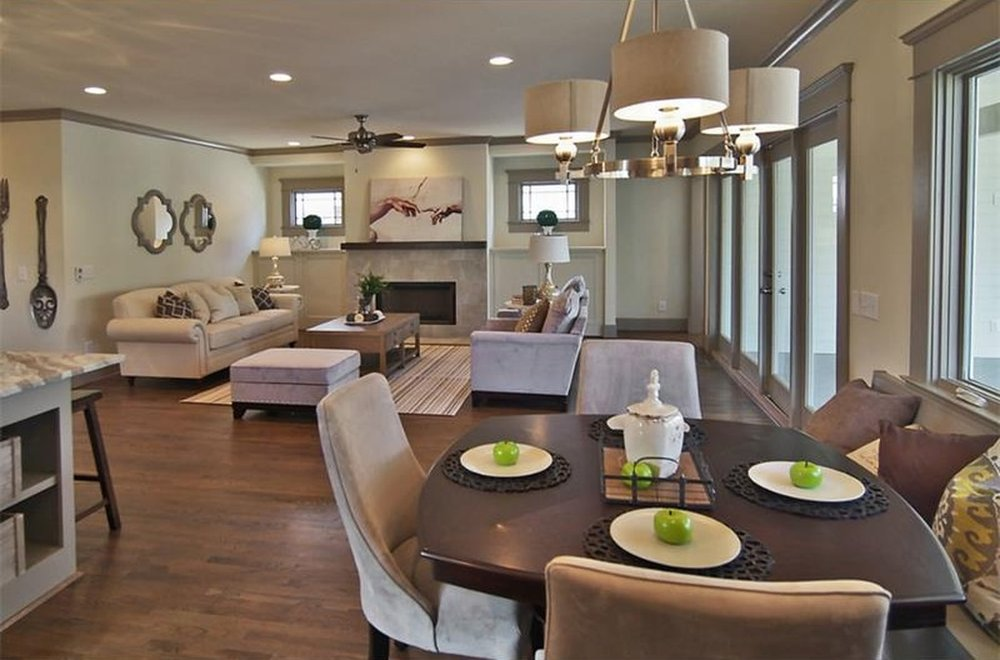 Living & Family Rooms -