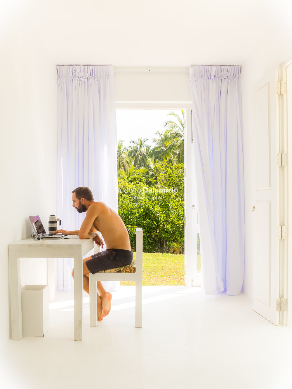 Working from paradise - After making the pictures, I do some editing in LR adobe. Love that.