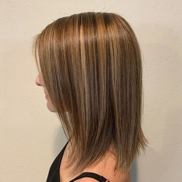 beautiful balayage highlight by @rockpaperkim 🕊🖤 . . .  #brunettehair #brunettehaircolor #lahair #lahairstylist #balayagehair #balayagehighlight #balayagedandpainted