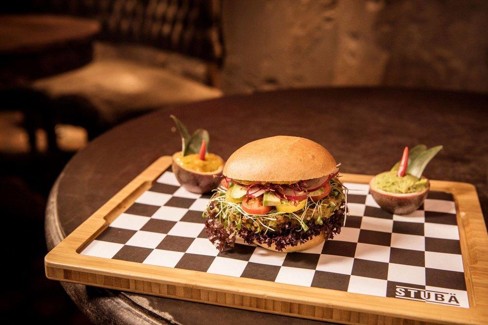 stubae_burger.jpg