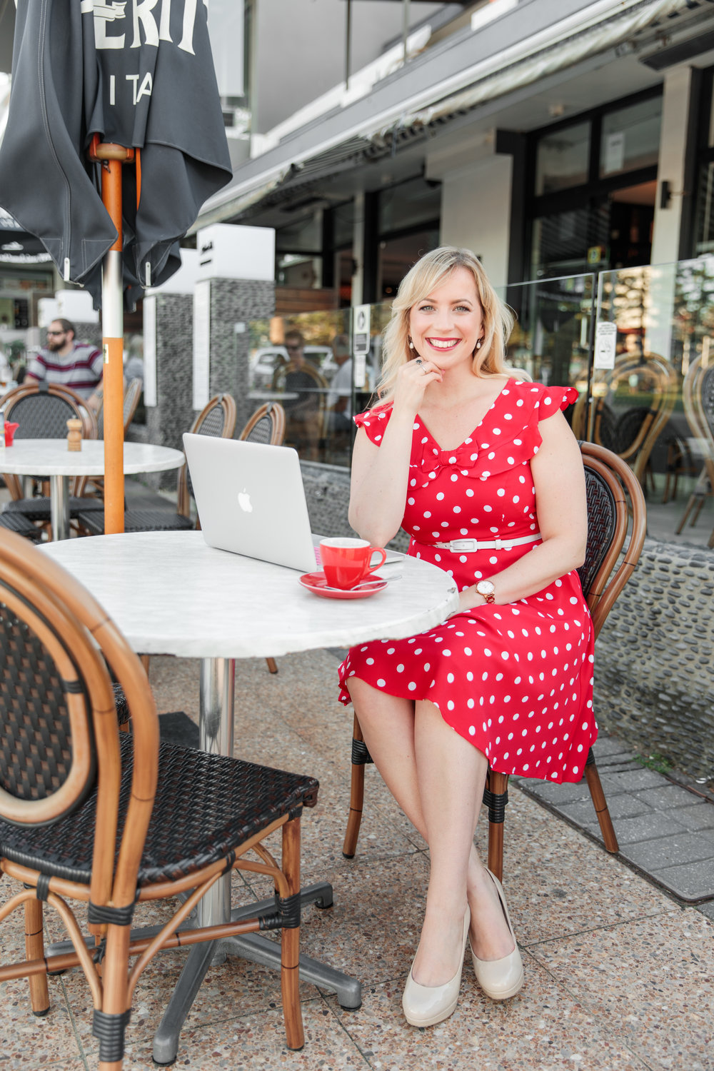 """It's time to show up as the most authentic & expanded version of you. - Before finding & showing up for my purpose, I was a qualified & practising lawyer, working within the corporate world for 10 years.Despite appearing as a """"successful"""" woman on the outside, I felt deeply unhappy & unfulfilled on the inside and I was drained by the life I was leading.I was so busy living a life that pleased everyone around me, I forgot to get to know what kind of life I truly desired. Until I got the wake up call I needed, which lead me on an unforgettable journey that ultimately connected me with my purpose."""