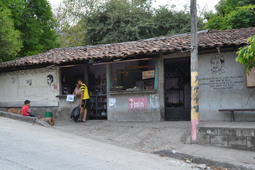 Salvadoran Shop