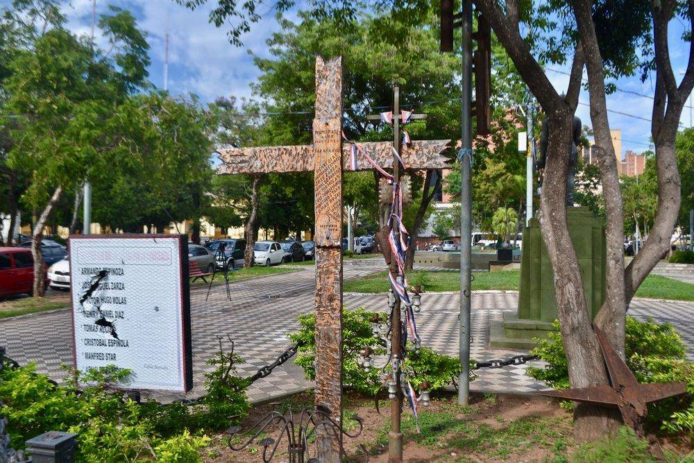 Asuncion Paraguay Cross.jpg