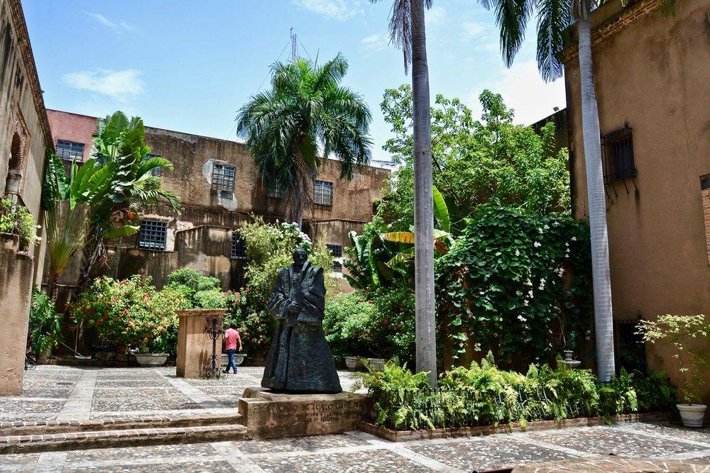 Museo de las Casas Reales Courtyard.jpg