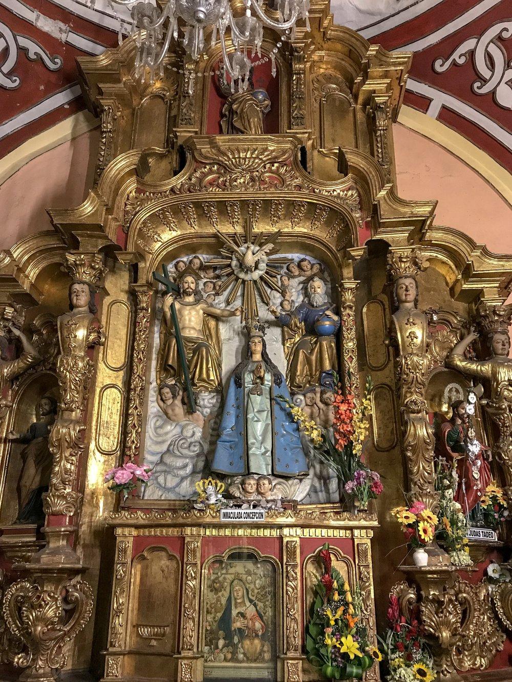 Altar in La Iglesia de Merced.JPG