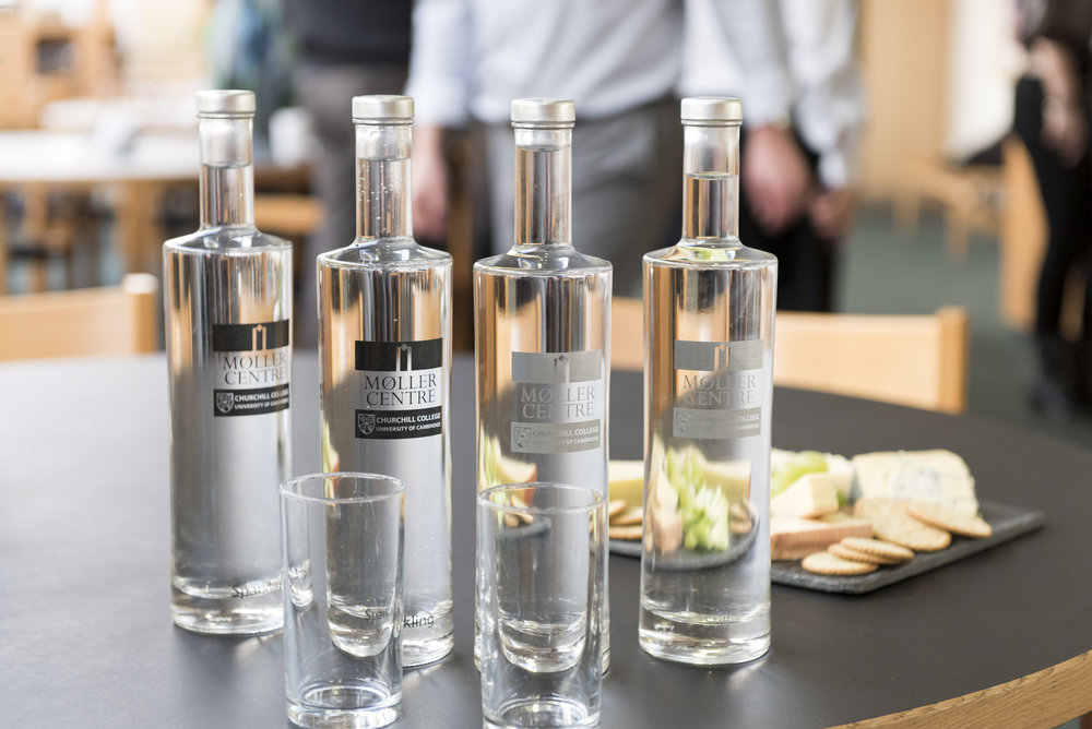BRANDED GLASS BOTTLES   Greet your guests with personalised water bottles and leverage your brand!