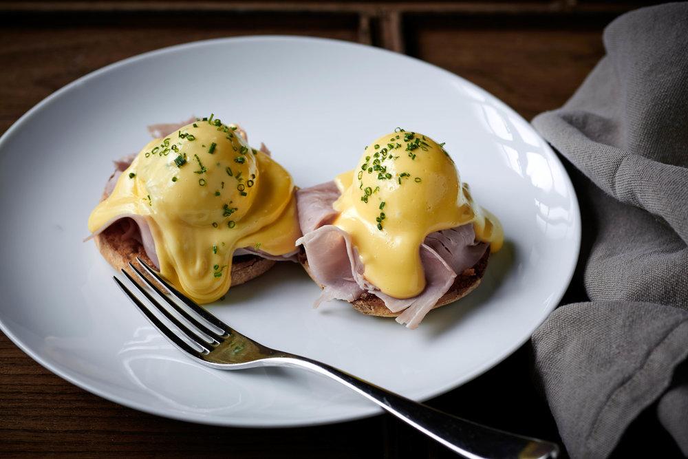 Aberdeen-Street-Social-Eggs-Benedict-Brunch