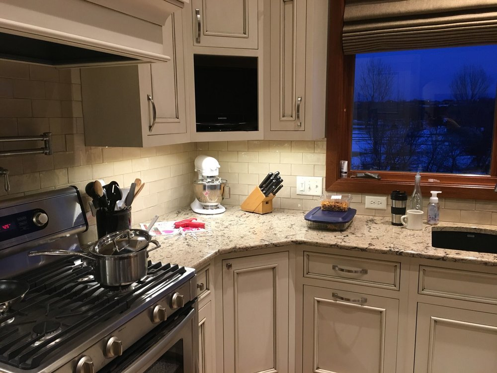 Under cabinet lighting electrician dd electric sioux falls sd we can help decide if led incandescent or compact flourescent cfl lights are right for your home or business we can find the right solution for you aloadofball Images