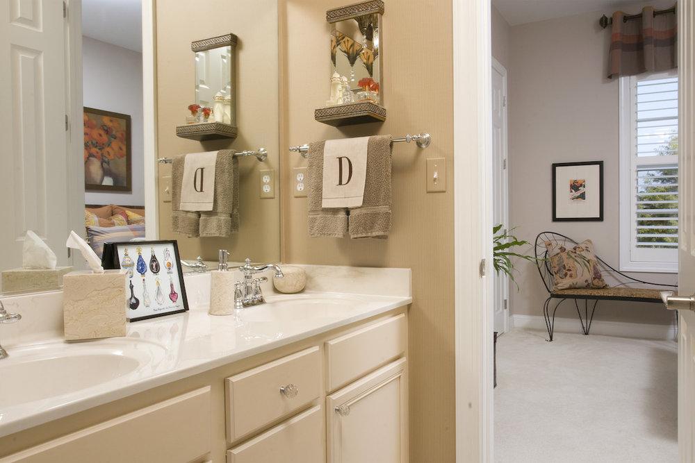12Ashford-Bathroom03.jpg