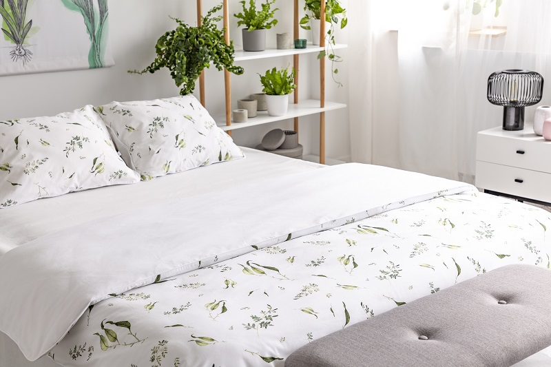Tips to Decorating Your Bedroom with a Botanical Theme ...