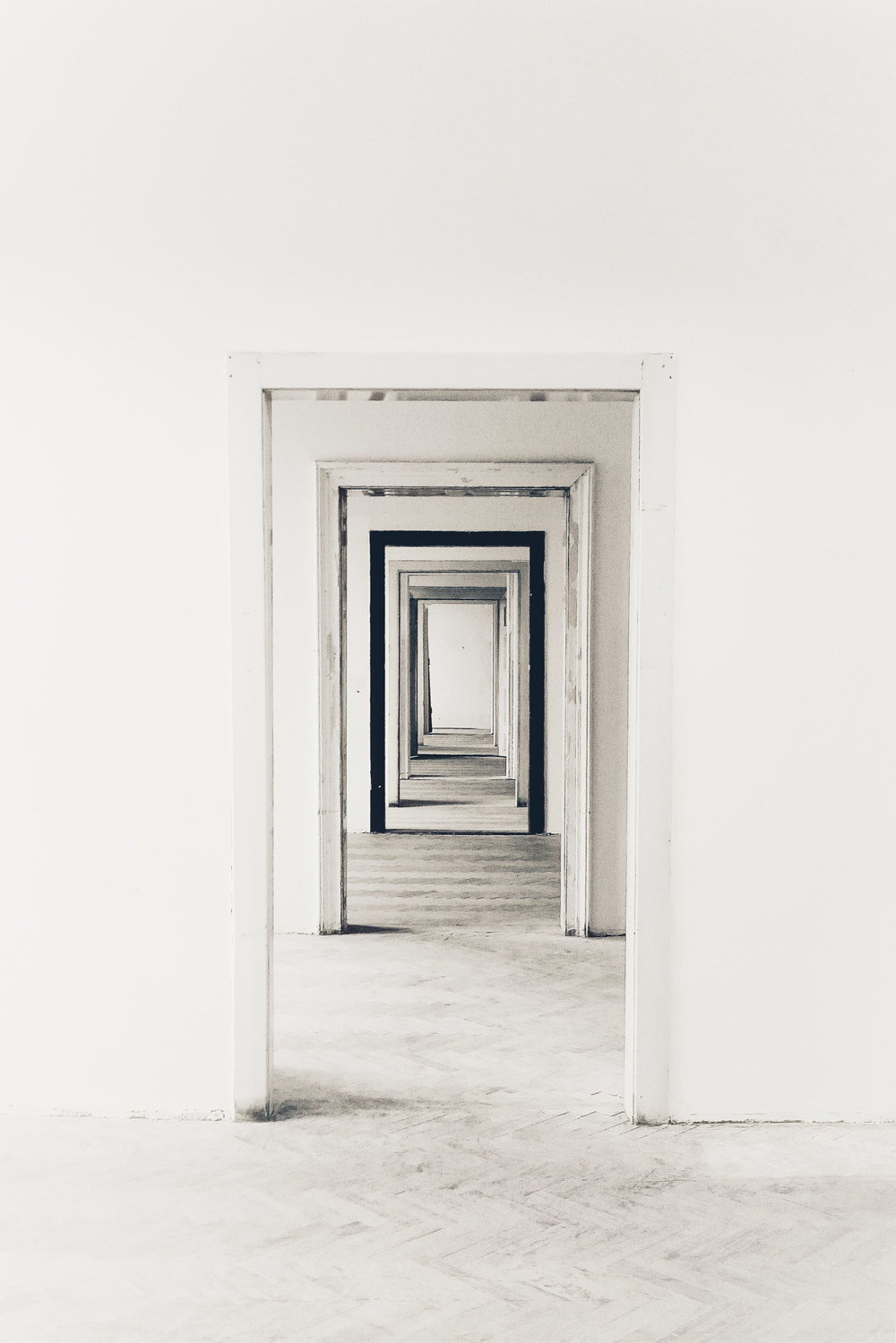 Doorways-Filip-Kominik.jpg