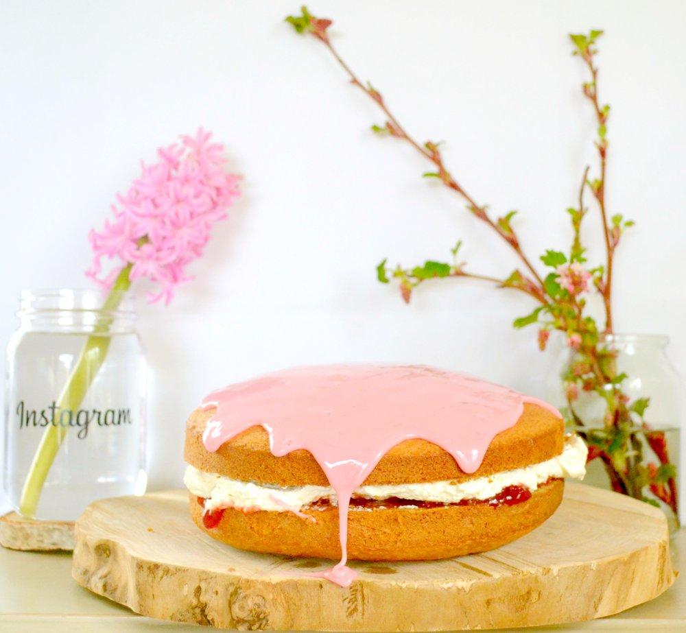 blood-orange-icing-cream-cake.jpg