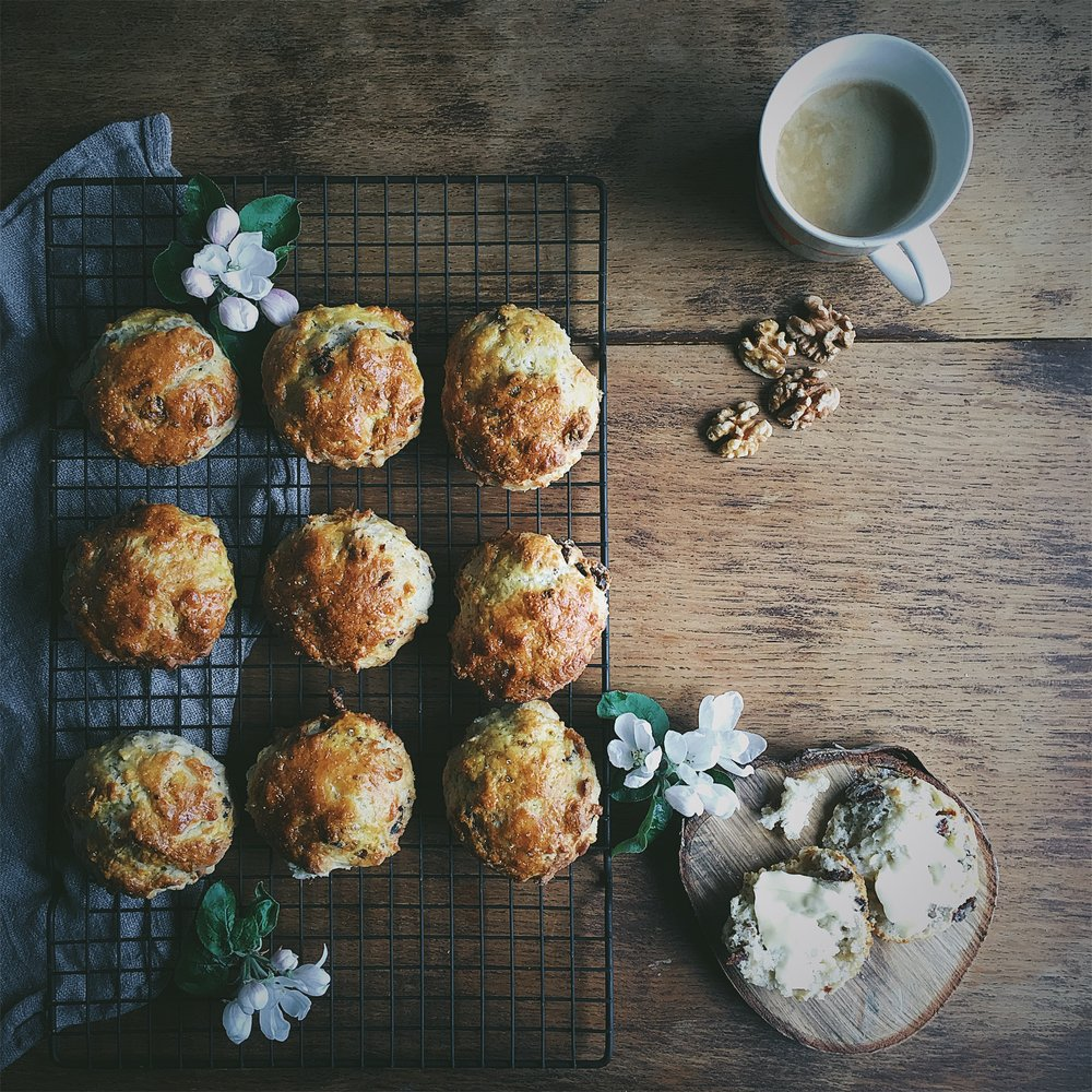 date and walnut scone recipe