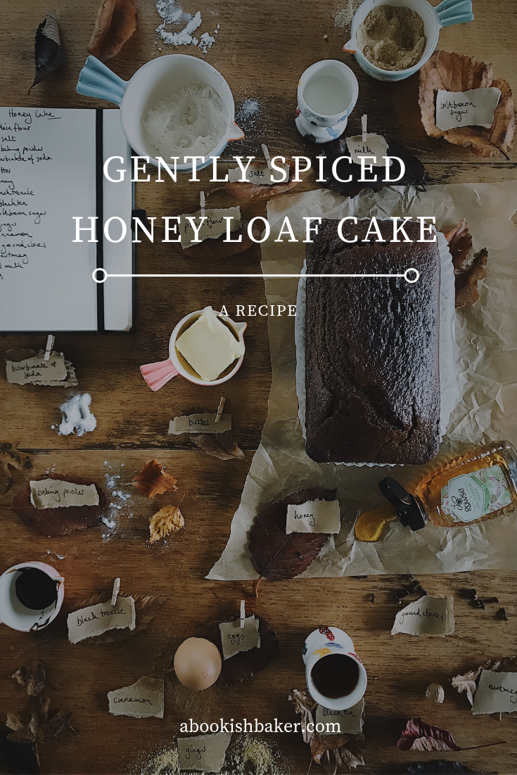 Gently Spiced Honey Loaf Cake || a warming recipe with ginger perfect for autumn and winter
