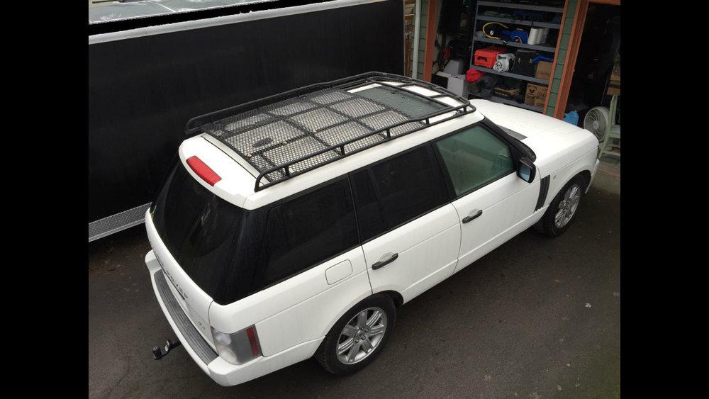 off-road-mesh-flooring-Land-Rover-Range-Rover-Voyager-Offroad.JPG