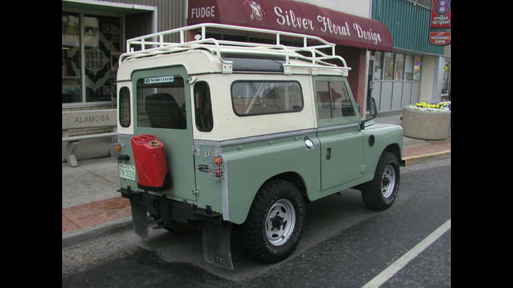 Land-Rover-Discovery-Series-II-IIA-III-roof-rack-side-Voyager-Offroad.jpg